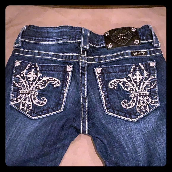 Miss Me boot cut, blindly butt jeans